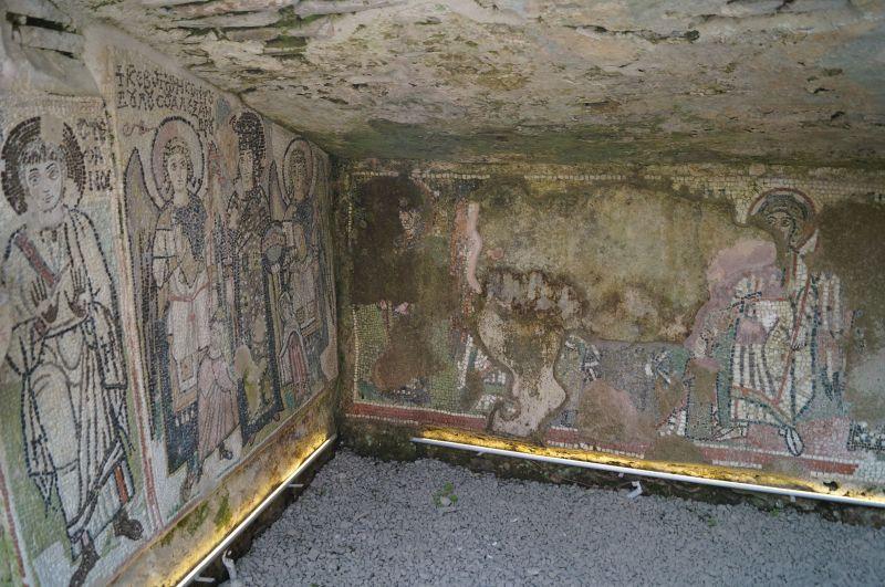 Mozaika zachowana w podziemiach amfiteatru w Durres