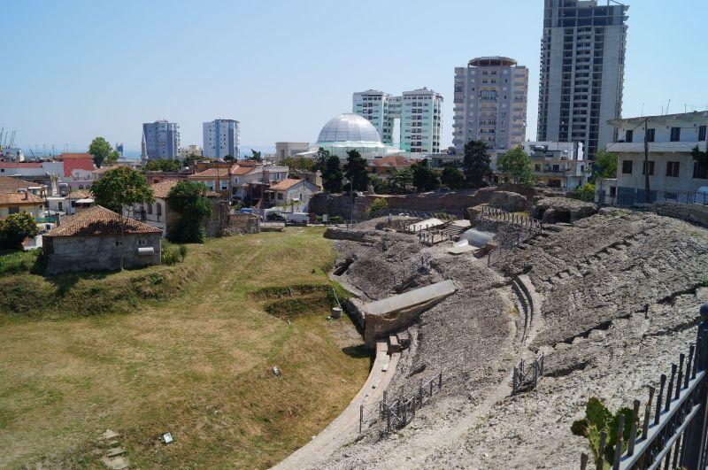Pozostałości amfiteatru w Durres. Podczas walk gladiatorów i występów artystycznych zasiadało w nim nawet 20 tysięcy widzów.