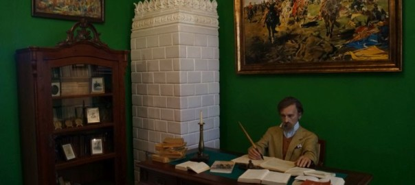 Henryk Sienkiewicz przy pracy