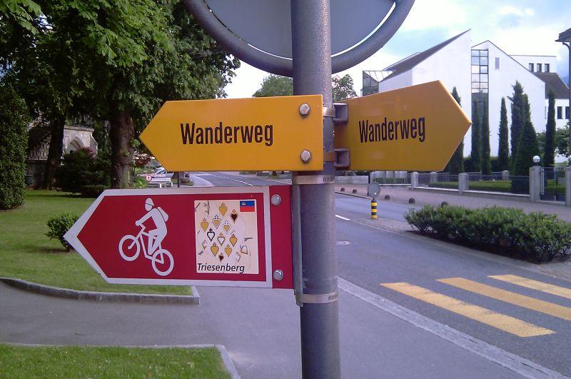 Trasy rowerowe ipiesze wpisane są wturystyczny krajobraz Liechtensteinu