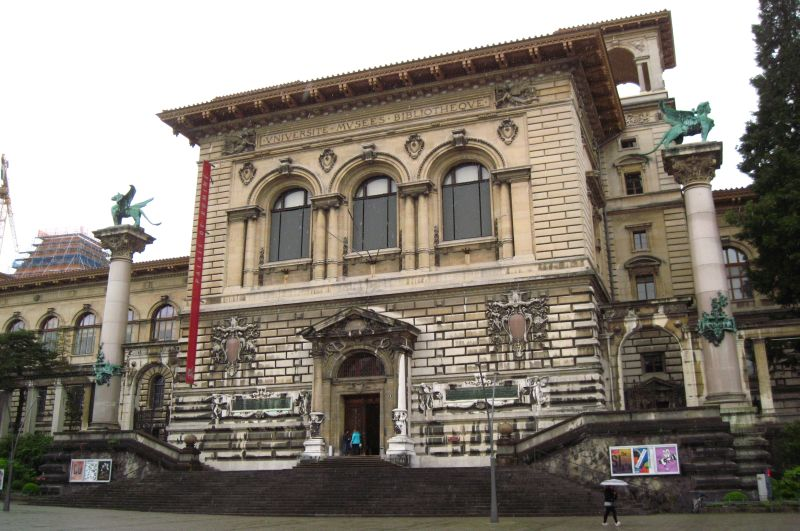 Pałac Rumine przy Place de la Riponne