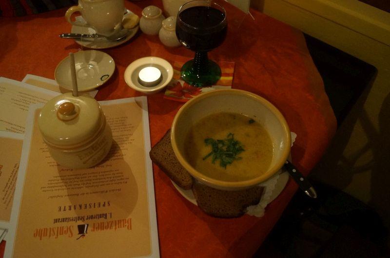 Słynna budziszyńska zupa musztardowa