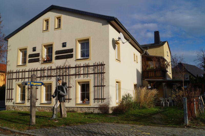 Dom Pielgrzyma w Chróścicy (niem. Crostwitz)