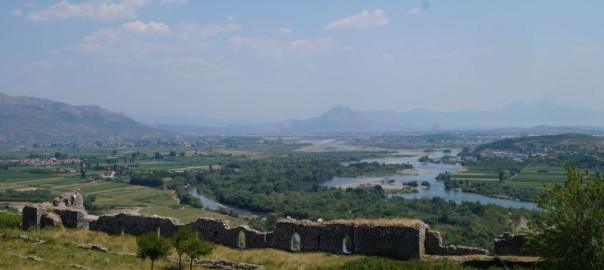 Widok na okolice Szkodry z twierdzy Rozafa