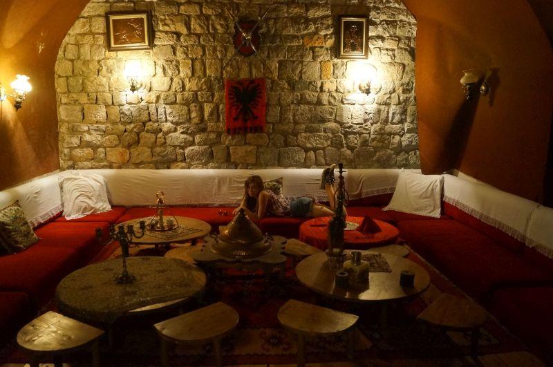 Tradycyjna restauracja wtwierdzy Rozafa wSzkodrze