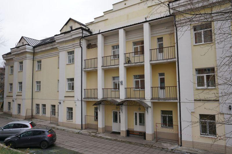 """W studiu """"Rekord"""", w którym Łaskowyj Maj zarejestrował swój pierwszy profesjonalny materiał, znajduje się dziś hotel"""