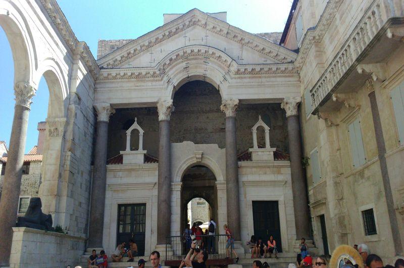 Pałac Dioklecjana w Splicie wybudowany w III wieku to starówka w Splicie