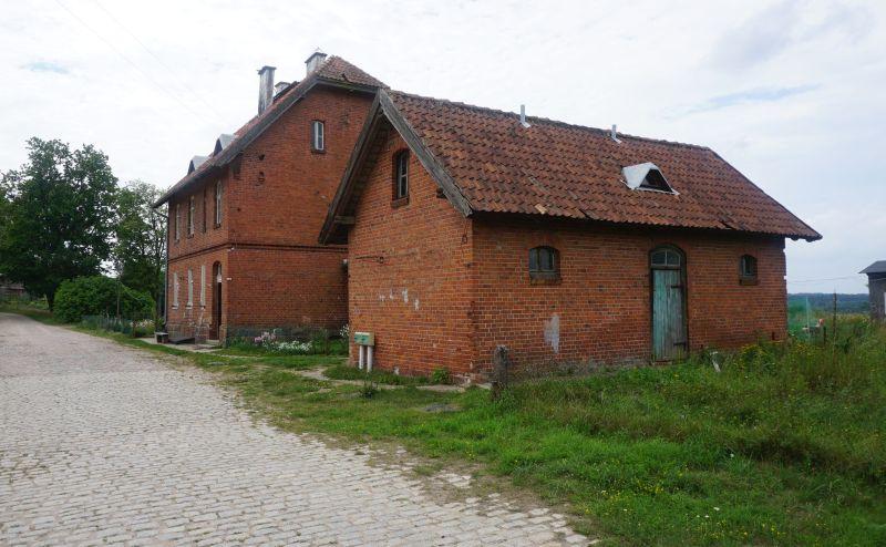Żytkiejmy – jeden z dawnych obiektów dworcowych z 1938 roku