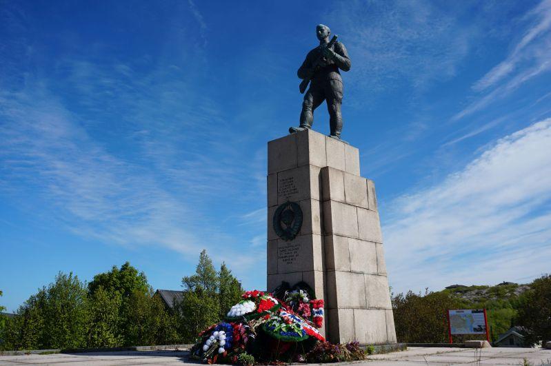 W Kirkenes można zobaczyć pomnik żołnierzy rosyjskich