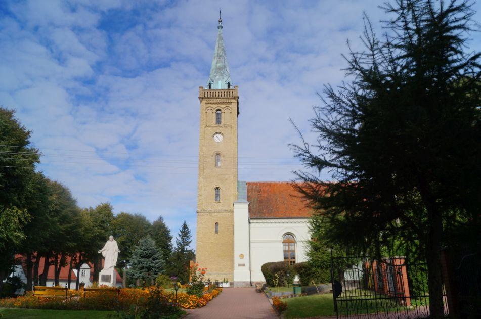 Kościół podwezwaniem Świętej Trójcy wMikołajkach